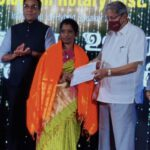 Velammal Headmistress receives Best Teacher Award